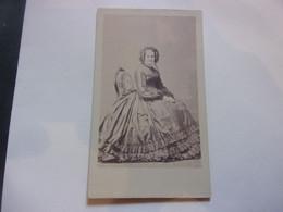 GENEALOGIE /  NOBLESSE  / PHOTO CDV  PAR  PENABERT MME DE MONTLEVEAU LOUISE AMELIA NEE DE SIMONY - Ancianas (antes De 1900)