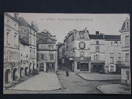 Ref6191 CPA De Loudun Place Sainte Croix - Rue Des Marchands N°24 - Commerces Boulangerie - Loudun