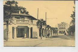 HENDAYE PLAGE - La Poste, Les Arceaux Et Le Casino - Hendaye