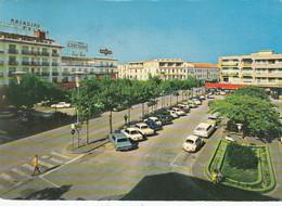 LIDO DI JESOLO-VENEZIA-PIAZZA G.MAZZINI-INSEGNA BIRRA=WUHRER=AUTO-CAR--CARTOLINA VERA FOTOGRAFIA-VIAGGIATA IL-29-3-1972 - Venezia (Venedig)