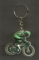 JC , G , Porte Clefs , Clés , Cyclisme , LE TOUR DE FRANCE , Cycliste , PMU , Frais Fr 1.85 E - Key-rings