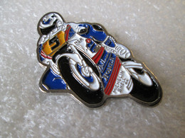 PIN'S MOTO HONDA NSR ROTHMANS MICHAEL DOOHAN GRAND PRIX - Motorbikes