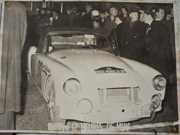 Photo HUY Les 12 Heures De Huy Circa 1960 Rallye ?  Voiture Auto Automobile Oldtimer Car Wagen - Cars