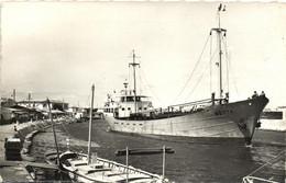 Port La Nouvelle - Pétrolier Sortant Du Port - Port La Nouvelle