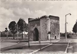 CAMBRAI. La Tour Des Sottes - Cambrai