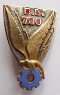 Insigne Militaire Aviation Armée De L'Air BASE ECOLE BE 726 NIMES - Forze Aeree