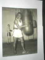 Photo Boxe HOGAN KID BASSEY - Sporten