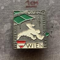 Badge Pin ZN010050 - Table Tennis (Ping Pong) World Championships Wien Vienna Austria 1951 - Tennis Tavolo