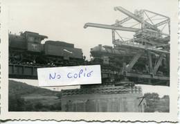 Ardennes. FUMAY. Essai De Résistance Par Plusieurs Locomotives Allemandes, Sur Le Pont Rail Reconstruit - 1939-45
