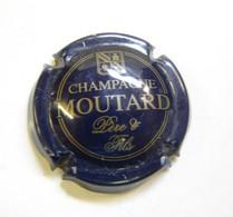 Cap. 8.  Capsule De Champagne Moutard Père & Fls - Otros