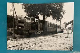 Locomotive CFD 102 - Photo Train Gare - France Doubs 25 Loc Loco Chemin Chemins Fer Départementaux Secondaire Local VFIL - Trains
