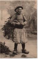 Plogonnec-Vieux Paysan Breton En Costume De Travail - Andere Gemeenten