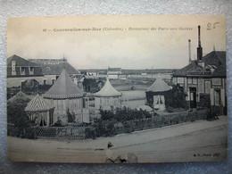 Carte Postale Courseulles Sur Mer (14) Restaurant Des Parcs Aux Huitres ( Petit Format Noir Et Blanc Non Circulée ) - Courseulles-sur-Mer