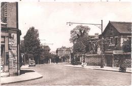 CPSM - Châtillon-sur-Seine - Rue Estienne-d'Orves - Châtillon
