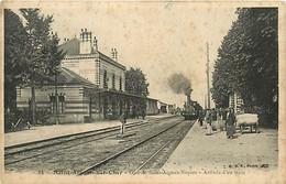 41 SAINT AIGNAN SUR CHER - Gare De Saint Aignan Noyers Arrivée Du Train - Saint Aignan