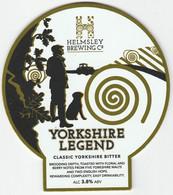 HELMSLEY BREWING CO (HELMSLEY, ENGLAND) - YORKSHIRE LEGEND CLASSIC BITTER - PUMP CLIP FRONT - Letreros