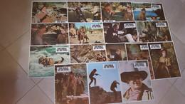 """""""Une Bible Et Un Fusil"""" J. Wayne, K. Hepburn Pochette Complète 16 Photos 23x30 NEUVES - Fotos"""