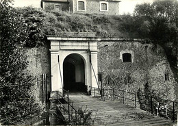 85 - Ile D'Yeu - Entrée Du Fort De Pierre Levée, Où Fut Emprisonné, Pendant Six Années, Le Maréchal Pétain - CPSM Grand - Ile D'Yeu