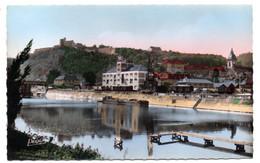 BESANCON -- Le Port Fluvial  (péniche ) -- La Citadelle .....................à Saisir - Besancon