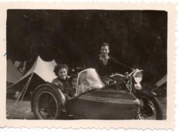 Moto Side-car TT 1951 Camping La Bourboule - Photo 6x9cm - Jolie Femme Fillette - Coches