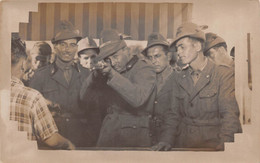 """09468 """"FOTO LAMPO - LUNA PARK - TIRO A SEGNO - ALPINI REGIO ESERCITO - II GUERRA MONDIALE"""" ANIMATA , FOTOGRAFIA ORIG. - Guerra, Militares"""