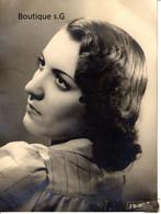 Photo Personne Femme Studio R Machabert Souvenir 20 Ans 1944 Art Portrait 24x18 Cm - Personas Anónimos