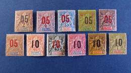 Anjouan - Série De 10 Timbres YT N° 20 - 21 - 22 - 23 - 24 - 25 - 26 - 27 - 28 - 30 * Neuf Avec Charnière - Unused Stamps