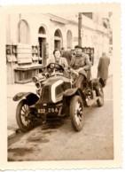 Menton 1953 Photo 6x9cm Devant  Garage - Automobile De 1909 Renault - 41 Quai Bonaparte Moto-velo Auto - Coches