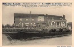 La Roche-en-Brénil CPA -Tacots Devant L'Hôtel Deneyer - Altri Comuni