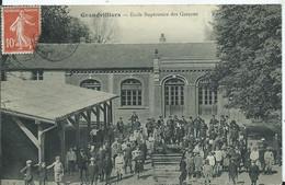 GRANDVILLIERS - école Supérieure Des Garçons - Grandvilliers
