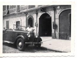 Menton 1950 Photo 6x9cm Devant  Garage - Automobile PEUGEOT  301 - 41 Quai Bonaparte Moto-velo Auto - Coches