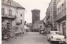 19. ALLASSAC.  AVENUE DE LA GARE. VOITURE SIMCA ARIANE EN STATIONNEMENT. ANNÉE 1963 +° TEXTE - Other Municipalities