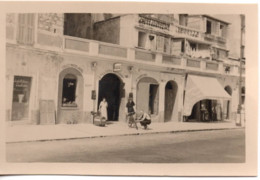 Menton 1951 Photo 5.5x9cm - Garage Automobile - 41 Quai Bonaparte Moto-velo Auto - Cars