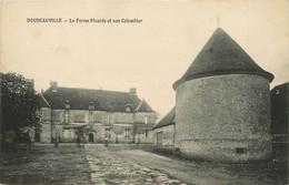 """/ CPA FRANCE 76 """"Doudeauville, La Ferme Picarde Et Son Colombier"""" - Other Municipalities"""