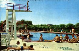 N°79900 -cpsm Vichy -la Piscine -le Plongeoir- - Plongeon