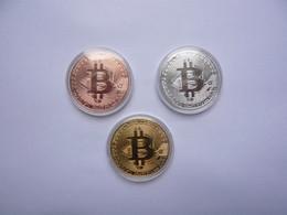 3 Pieces BITCOIN 3 Couleurs 4 X 4 Cm Sous Plastique Neuf 2 Photos - Other Coins