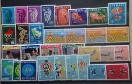 NEDERLANDSE   ANTILLEN      Samenstelling  Tussen Nr. 385  En 415      Postfris ** - Curaçao, Nederlandse Antillen, Aruba