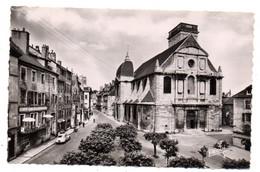 VESOUL -- Place De L'église  ( Voitures Renault 4 CV , Peugeot 203, Café Bar Parisien )...........à Saisir - Vesoul