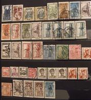 Sarre Saar Saarland Saargebiet. Collection De 32 Timbres. - Collections, Lots & Series
