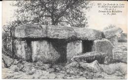 Cpa St-Rémy-la- Varenne /  Dolmen De La Bajouillière . (peu Courante). - Sonstige Gemeinden