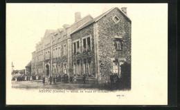 CPA Neuvic, Hotel De Ville Et Écoles - Unclassified