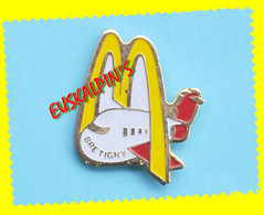 Pin's Mac Donalds BRETIGNY SUR ORGE, ESSONNE, Mac Do - McDonald's