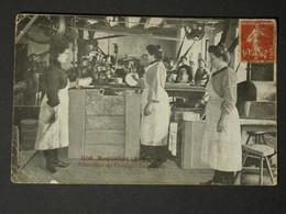 Ref6223 CPA Animée Roquefort - Fabrication Du Fromage, Le Brossage (Aveyron) N°668 - Zonder Classificatie
