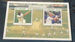 (stamps 19/3/2021) St Vincent - Cricket - Cricket