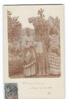 CPA Comores Carte Photo Amateur Femmes Indigenes Allants Au Marché - Comoros