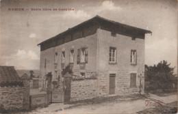 CPA  Aveize (69)  L'école Libre De Garçons    Ed Combier - Sonstige Gemeinden