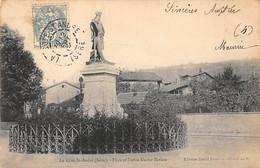 LA COTE SAINT ANDRE - Place Et Statue Hector Berlioz - Très Bon état - La Côte-Saint-André