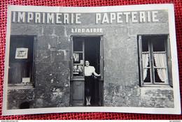 BRUXELLES  1947  -  Imprimerie, Papeterie, Librairie  - (carte Photo) - Ambachten