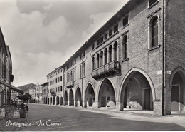 PORTOGRUARO-VENEZIA-VIA CAVOUR-CARTOLINA VERA FOTOGRAFIA-NON VIAGGIATA-1950-1958 - Venezia (Venice)
