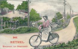 Rethel (08 - Ardennes) Recevez Ce Souvenir De - Cycliste - édit EA Paris - Rethel